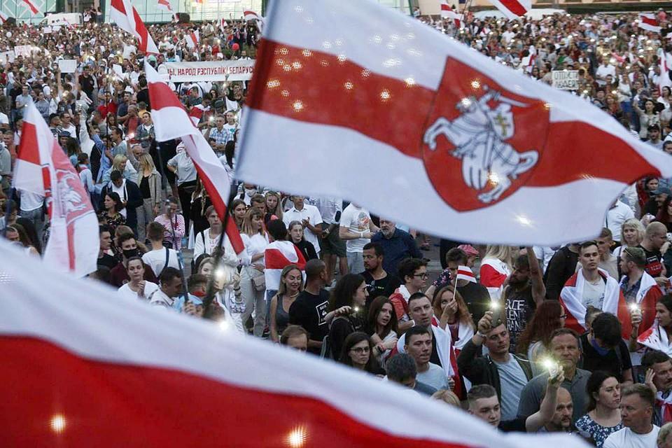 Польский реваншизм будет нарастать и дальше. Польша уже оказывает серьезное влияние на Украину. В Белоруссии Польша исподволь организует протест, с такой же целью