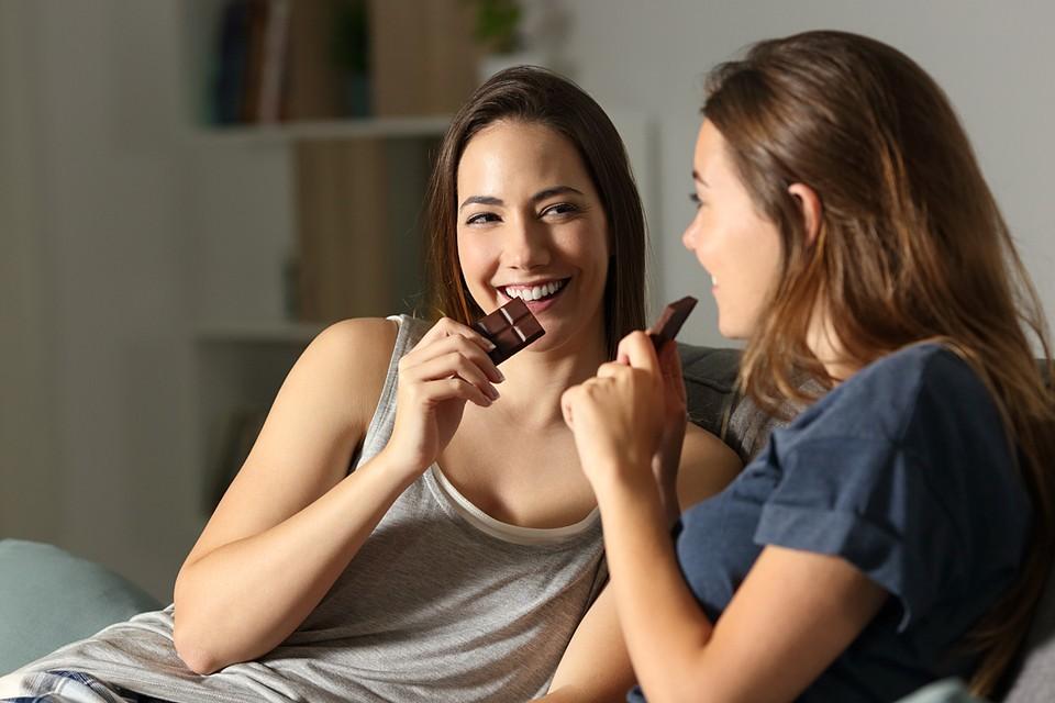 Употребление шоколада не менее одного раза в неделю имеет кардиозащитный эффект