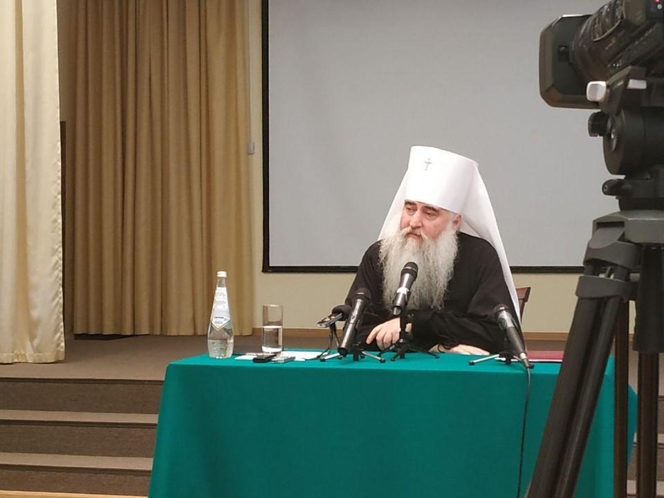 Митрополит Лонгин заявил, что ему очень больно расставаться с Саратовской областью