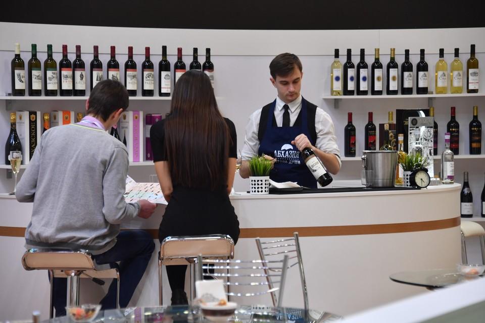 Закон «О виноградарстве и виноделии в РФ» вызвал немало вопросов среди продавцов и производителей алкоголя