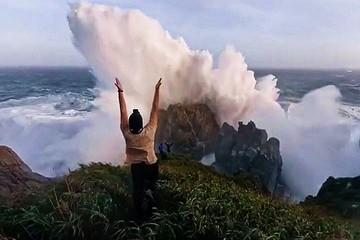 Дух захватывает. Тайфуны «Хайшен» и «Майсак» подарили потрясающие кадры миру