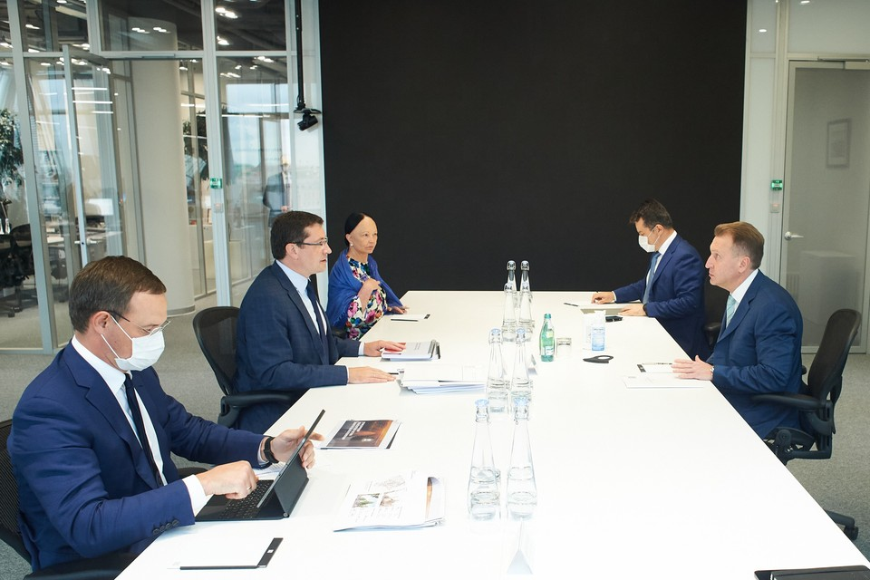 Губернатор Нижегородской области Глеб Никитин и глава ВЭБ.РФ Игорем Шуваловым провели рабочую встречу в Москве