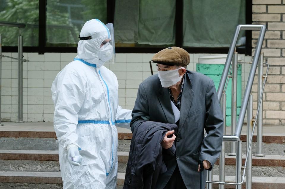 В городе ожидают рост числа заболевших коронавирусом на фоне сезонного гриппа