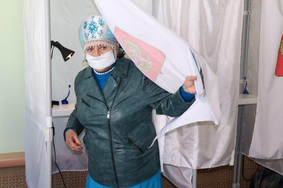 По оценке Избиркома Ленобласти, выборы проходят спокойно