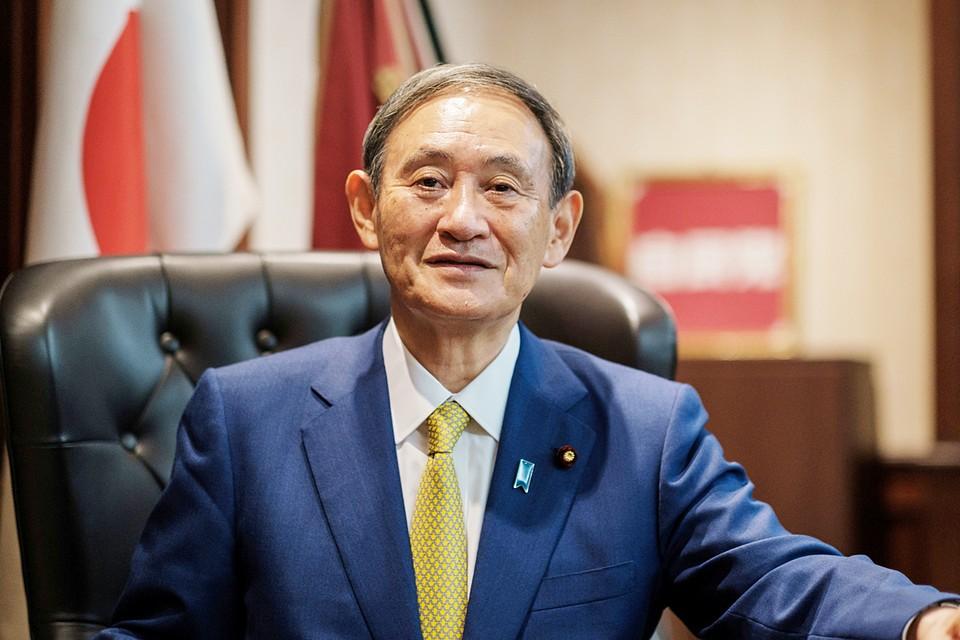 Ёсихидэ Суга в первый же день сделал ряд громких заявлений о своих приоритетах на предстоящий срок