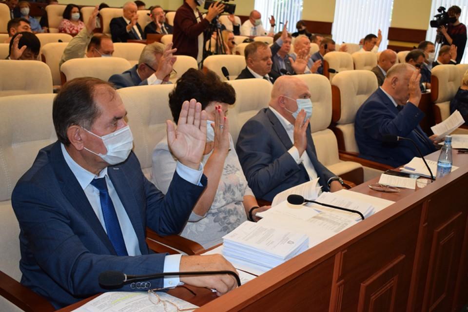 Депутаты рассмотрели все вопросы, вынесенные на 40-е заседание Думы.