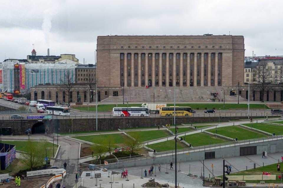 Зараженный коронавирусом пассажир прибыл в Финляндию на автобусе из Петербурга.