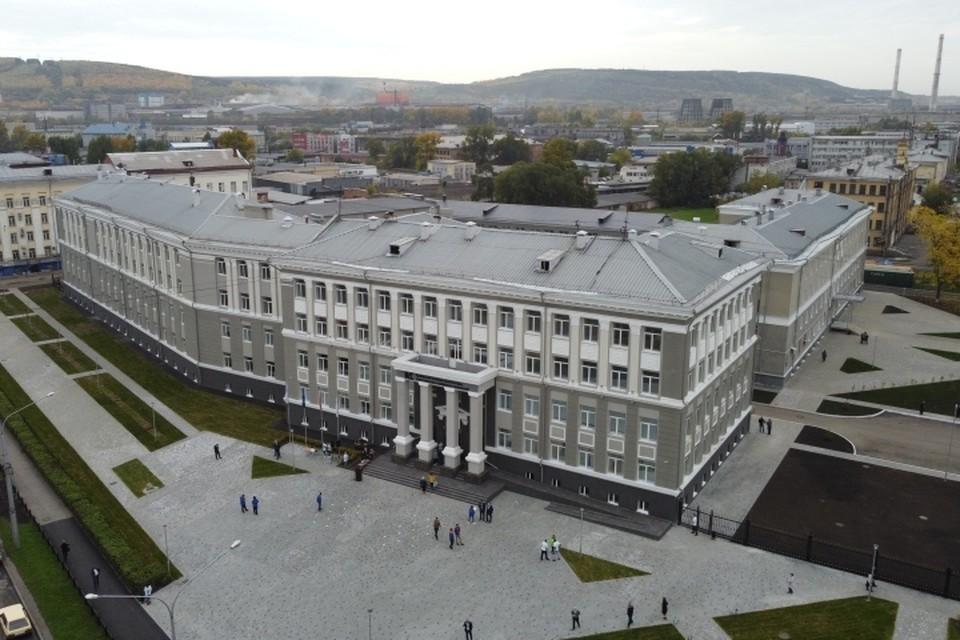 Первый цифровой колледж открылся в Кузбассе. ФОТО: пресс-служба администрации правительства Кузбасса.