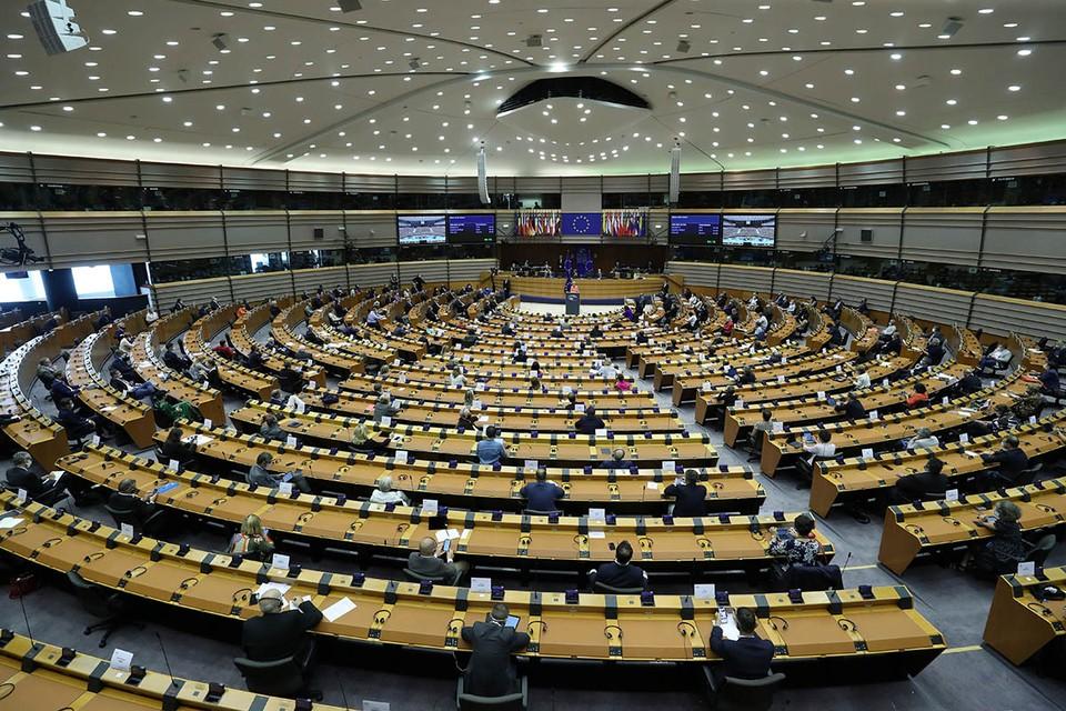 Европейский парламент, собравшийся на очередное заседание сегодня, 17 сентября, принял несколько резолюций.
