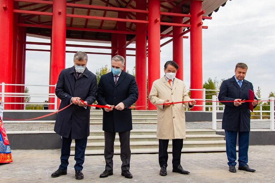Парк построен по инициативе и на личные средства тюменского предпринимателя, почетного консула республики Корея в Тюменской области Игоря Самкаева. Фото пресс-службы губернатора Тюменской области