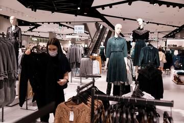 Экологи призывают не покупать дорогую одежду известных брендов