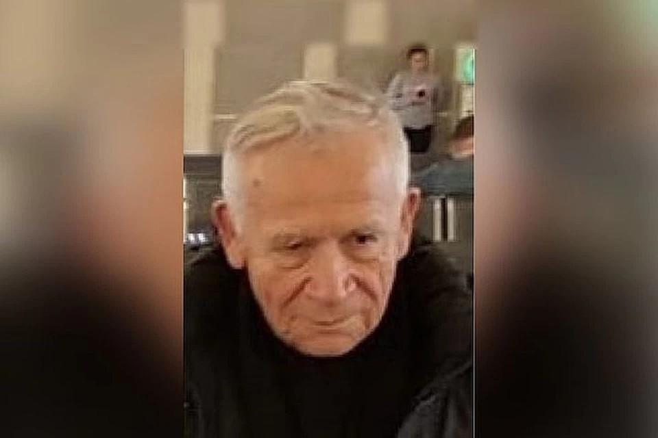 87-летнего Геннадия Ивановича Кулакова нашли возле кладбища. Фото: «Лиза Алерт».