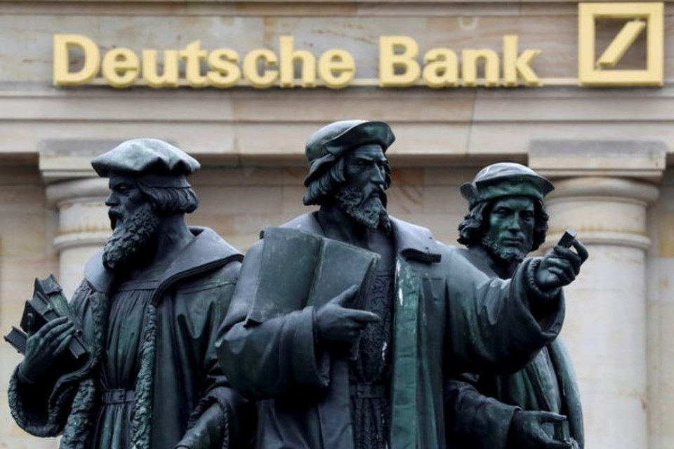 Среди банков, помогающим своим клиентам мошенничать, называется и немецкий Deutsche Bank