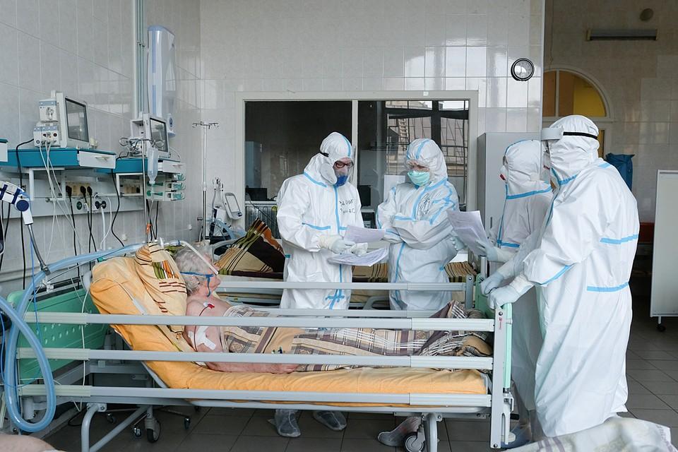 Там, где уже были серьезные вспышки, больше число переболевших и иммунная прослойка, поэтому заболеваемость сейчас стабилизировалась или даже снижается