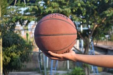 Лучшие баскетбольные мячи 2020: рейтинг топ-10 по версии КП