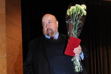 Вячеслав Войнаровский одновременно был звездой Большого театра и программы «Кривое зеркало»