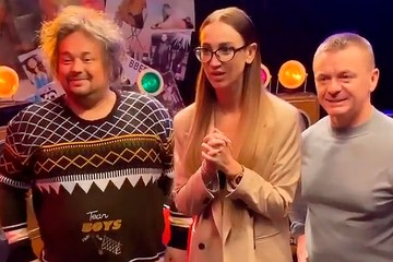 Лохматый «Евгенич»: Сергей Жуков снимает Ольгу Бузову в новом сериале
