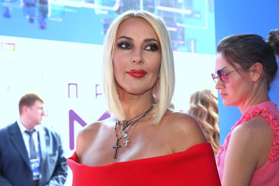 «Получаю меньше миллиона рублей за программу»: Лера Кудрявцева призналась, сколько зарабатывает на ТВ