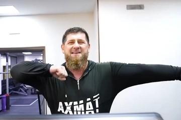 «Ахмат — сила!»: Рамзан Кадыров станцевал лезгинку на беговой дорожке