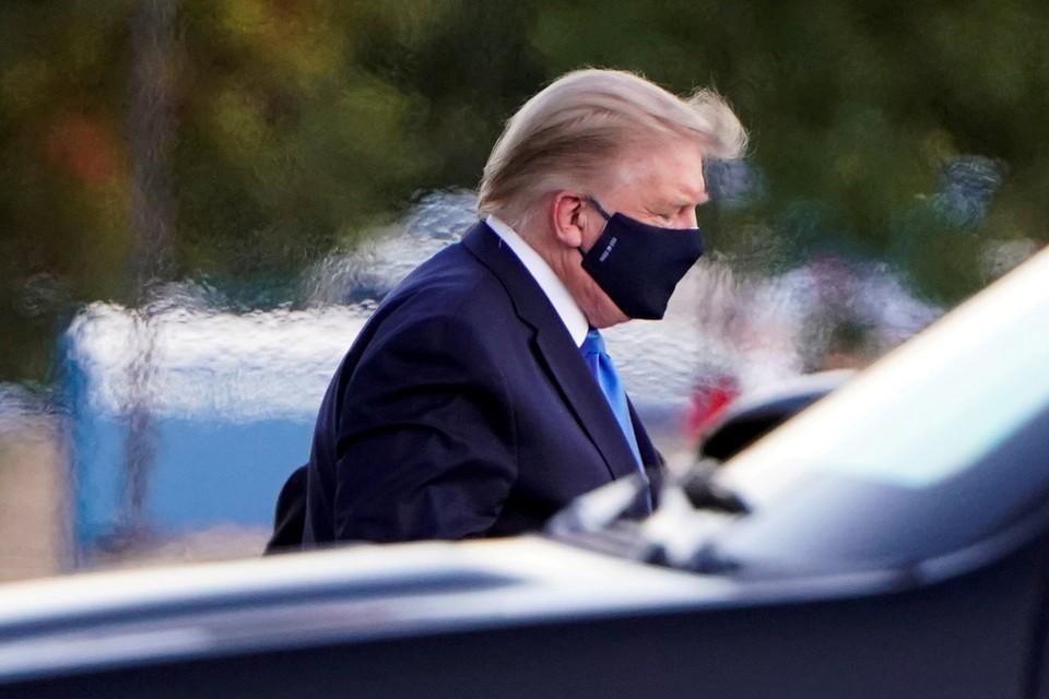 Болезнь Трампа за месяц до решительных выборов на редкость драматургична