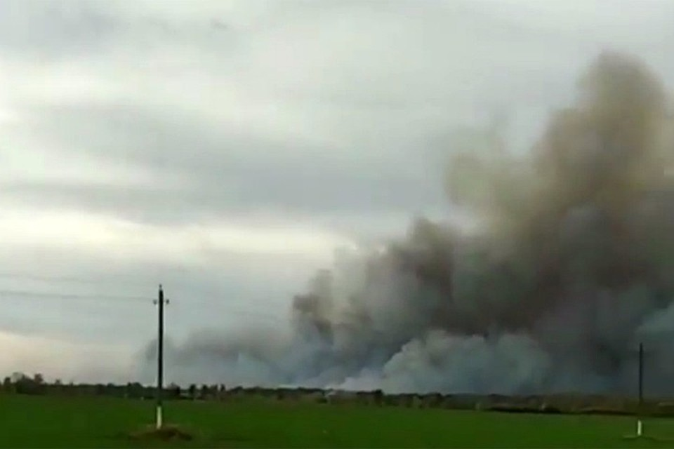 В Рязанской области горят военные склады.
