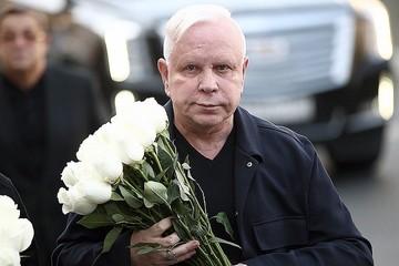 """""""Лишили дома и денег!"""": как издевались над больным Борисом Моисеевым"""