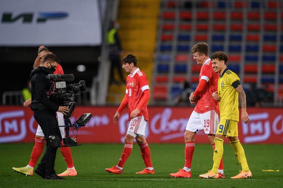 Россия проиграла Швеции 1:2 в товарищеской игре.