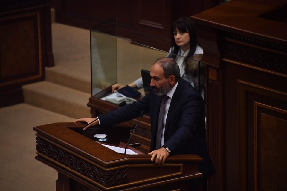 Армения готова к возобновлению мирного процесса по Карабаху, заявил Пашинян
