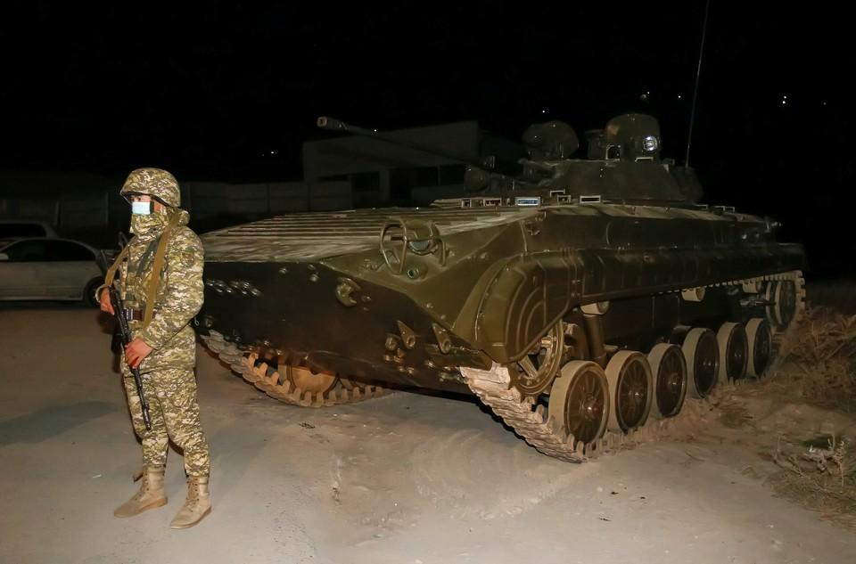 В столицу Киргизии введены войска