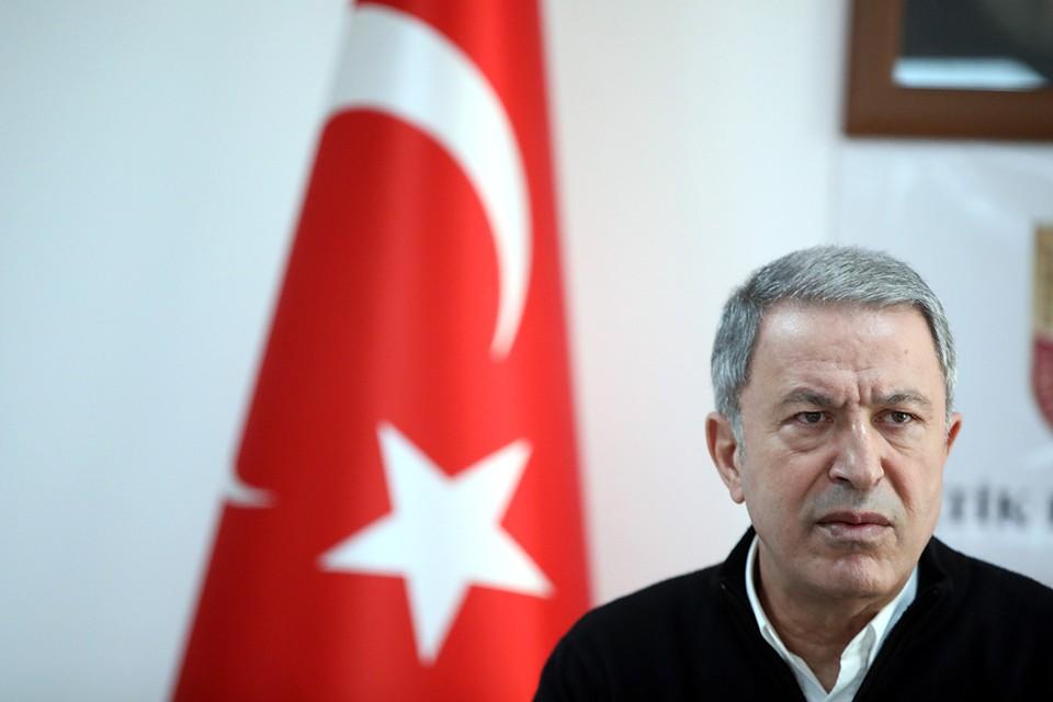 Хулуси Акар отметил, что Азербайджан не может дальше ждать решения по вопросу Нагорного Карабаха