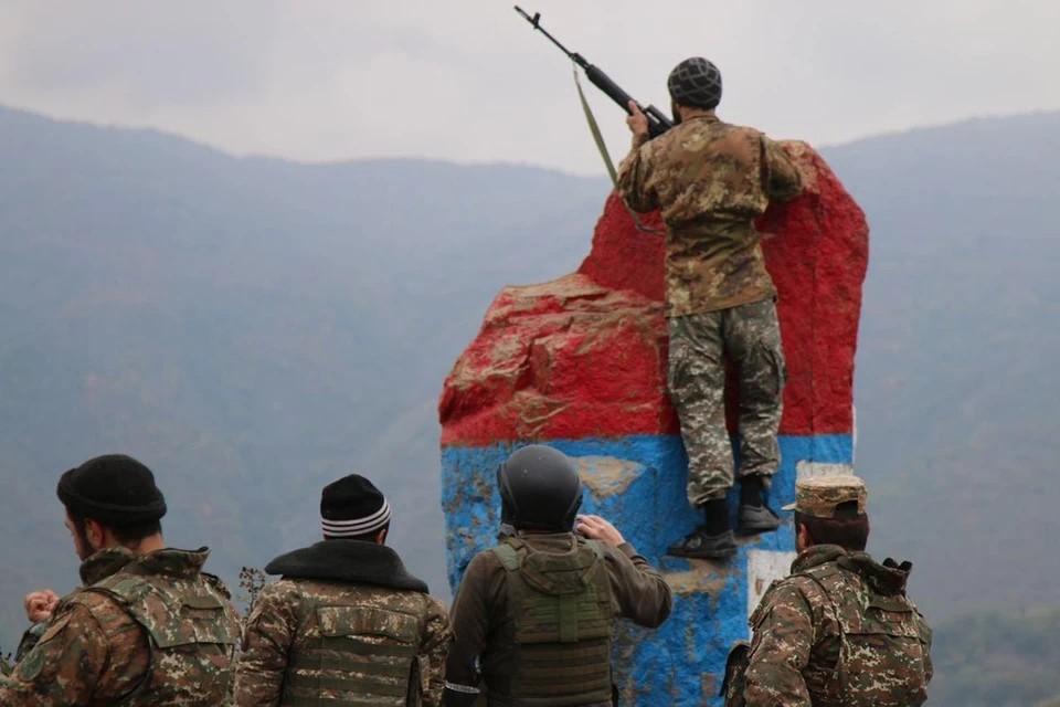 Азербайджан атаковал военную технику в Армении