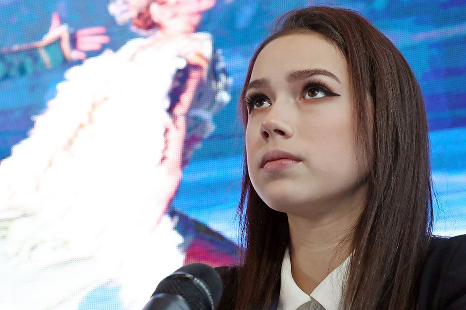 Фигуристка Алина Загитова. Фото: Сергей Карпухин/ТАСС