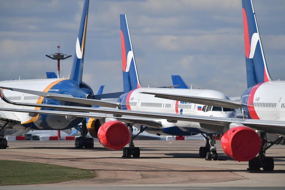 Россия прекратила регулярные пассажирские перелеты с другими странами весной из-за пандемии коронавируса.