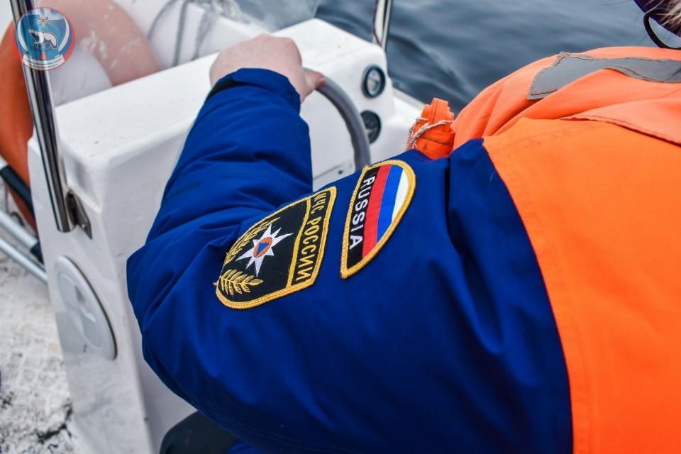 Семь человек спасли, еще трех ищут. Фото: ГУ МЧС России по Мурманской области