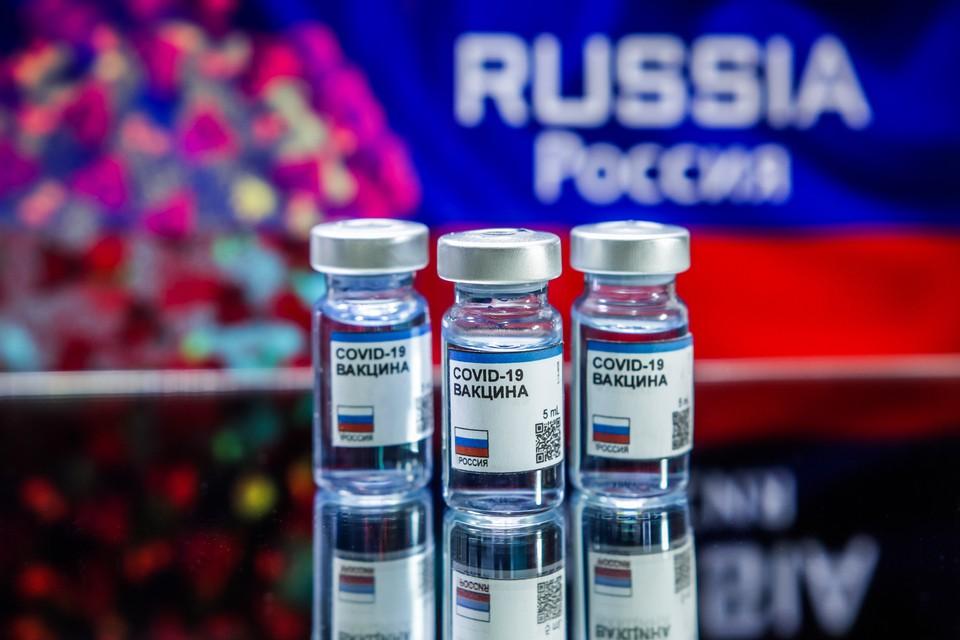 «Спутник V» и «ЭпиВакКорона» разработаны российскими учеными.