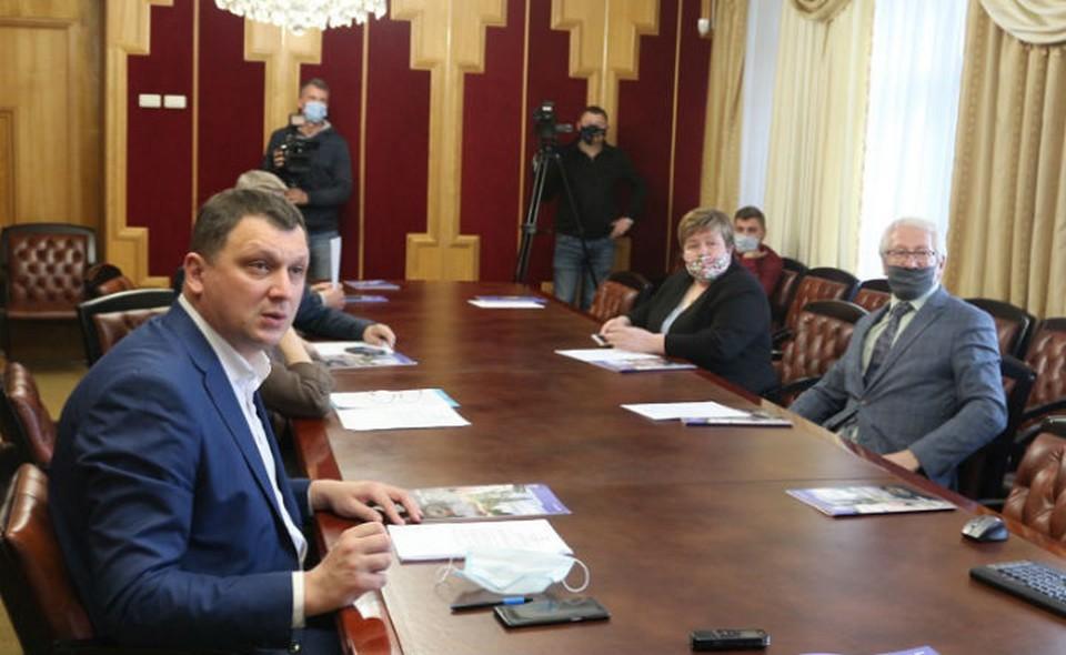 Члены Общественной палаты не оставили без внимания вопросы, волнующие ярославцев. Фото Общественная палата ЯО
