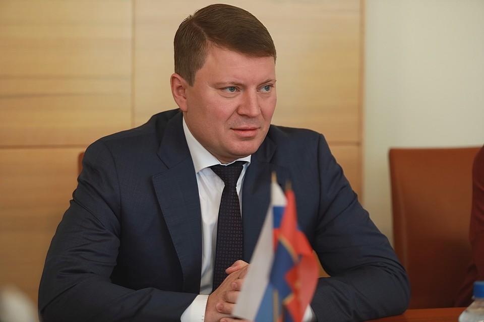 «Даже с семьей говорю только по телефону»: глава Красноярска Сергей Еремин заболел коронавирусом