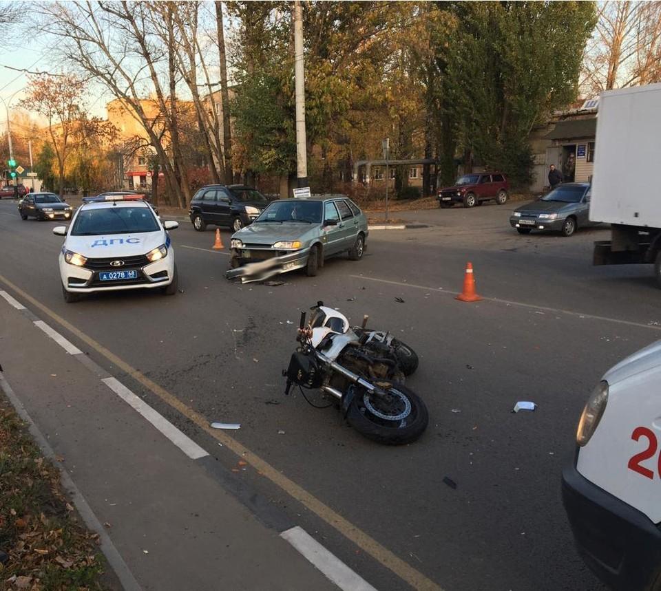 Водитель мотоцикла оказался в больнице