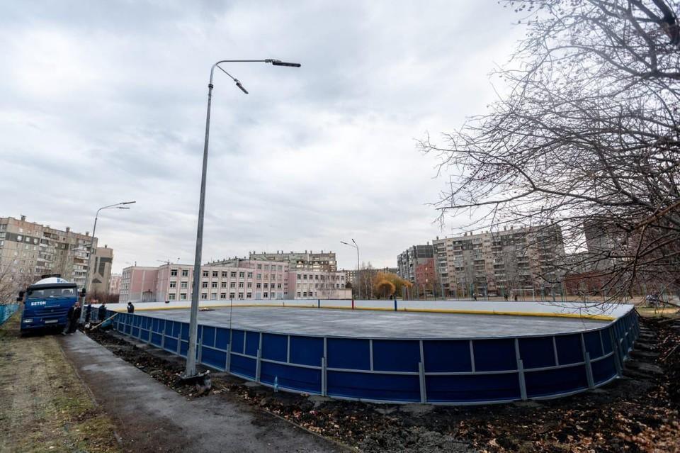"""Современные площадки появятся в разных районах Челябинска и в Коркино. Фото ХК """"Трактор""""."""