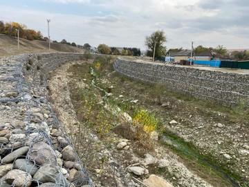 Дамбы защитят Карачаево-Черкессию от разрушительных наводнений