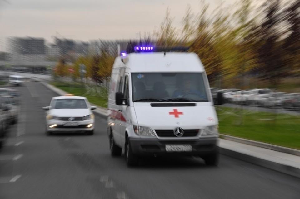 В Новосибирске двухлетний мальчик упал с двухъярусной кровати и попал в больницу.