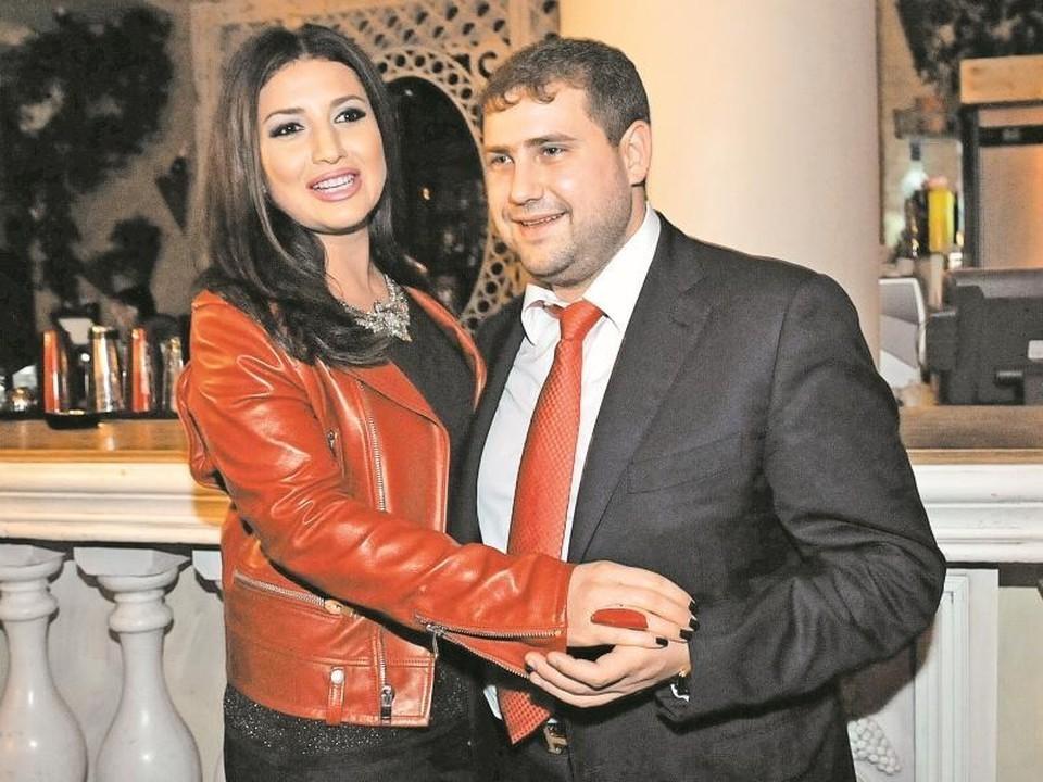 Жасмин заговорила о разводе: После бегства Шора из Молдовы в Израиль совместные фото певицы с супругом нигде не появлялись