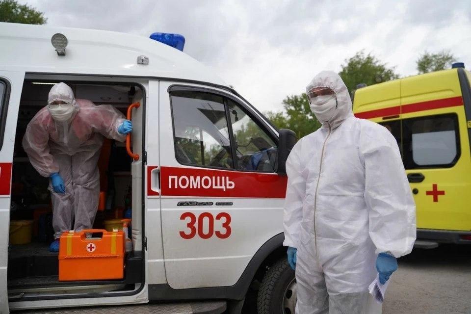 """У медиков """"Скорой"""" в Калининграде сейчас напряженные дни."""