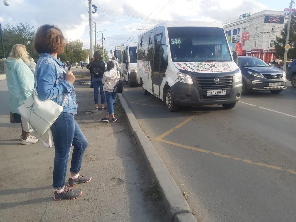 Некоторые омичи остались недовольны появлением выделенных полос для общественного транспорта.