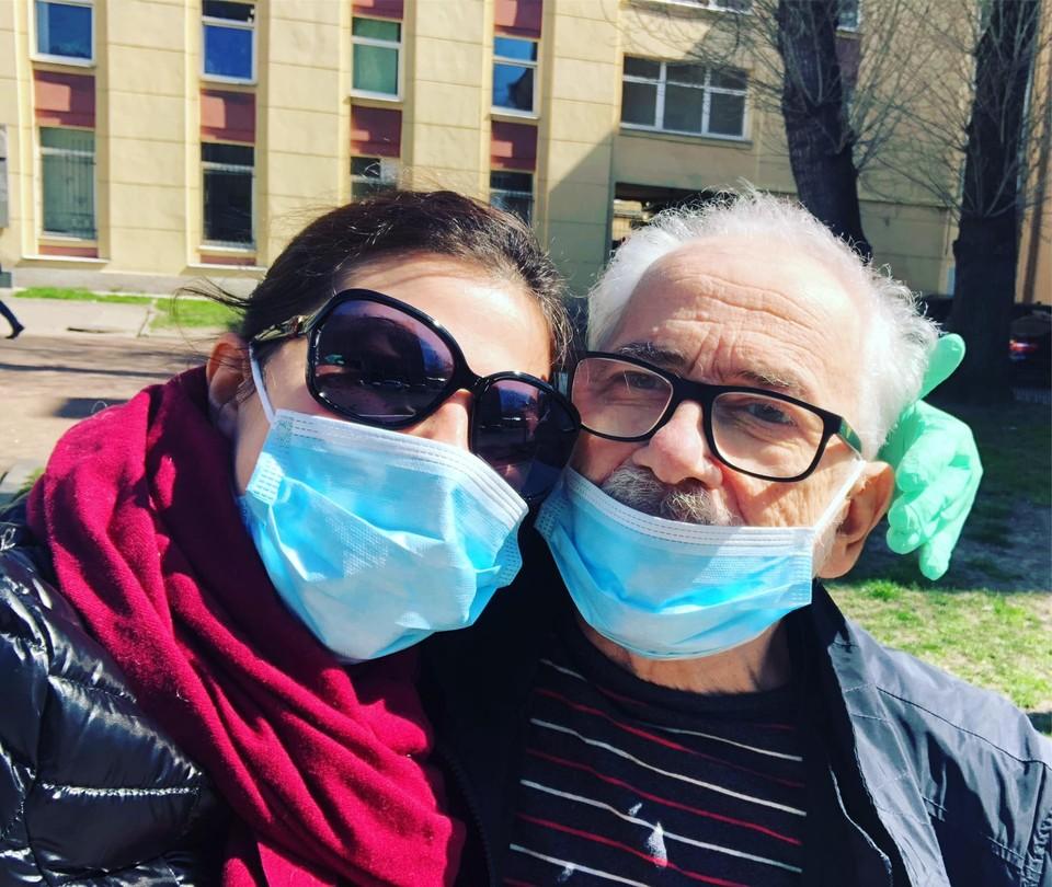 Михаил Яснов с супругой. Фото: Assya Petrova, фейсбук