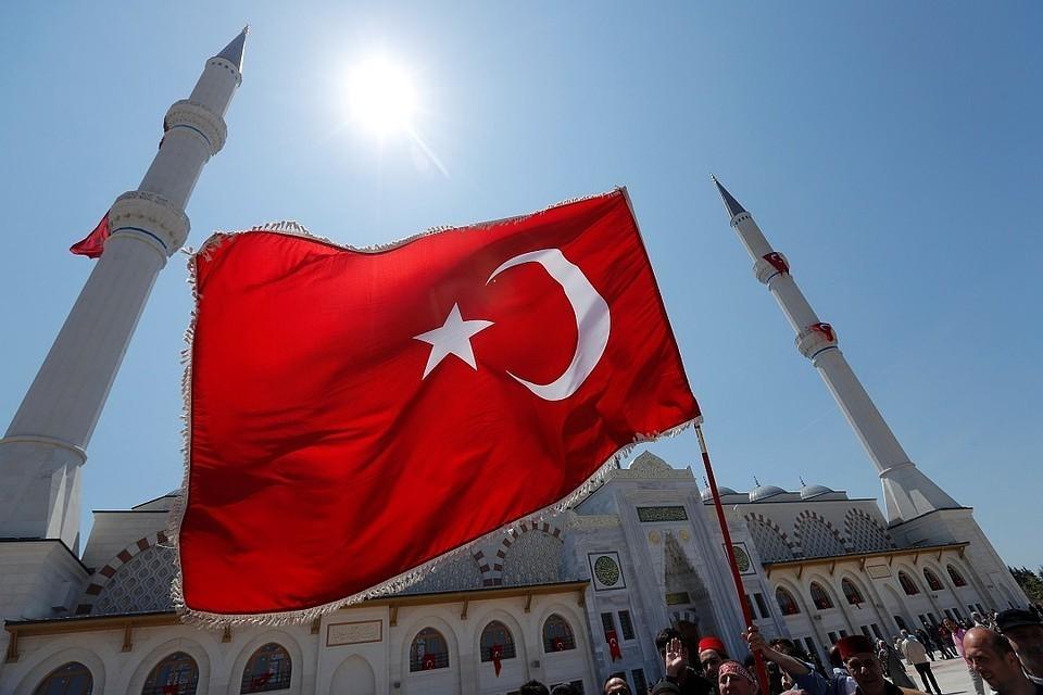 В Турции назвали культурным расизмом публикацию карикатур на Эрдогана в Charlie Hebdo