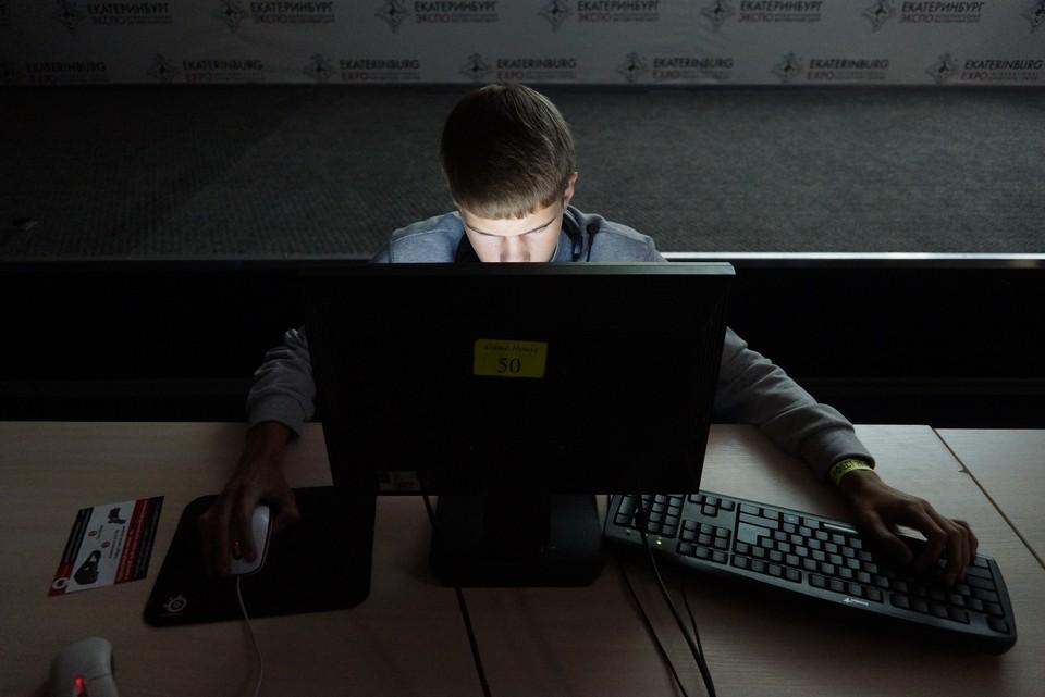 """В Москве кибер-преступник """"заминировал"""" роддома."""