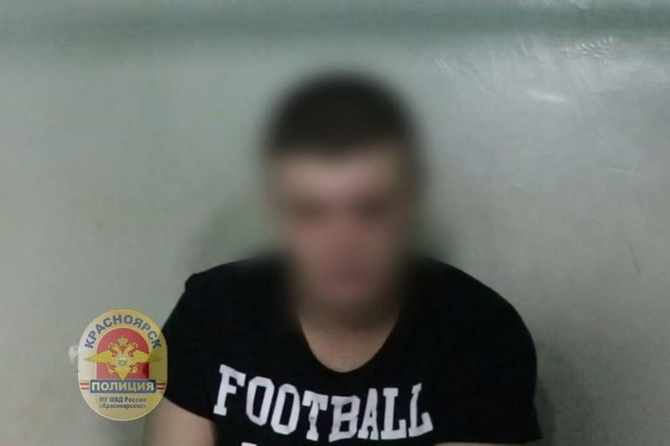 В Красноярске задержали пассажиров, устроивших драку в автобусе. Стоп-кадр видео