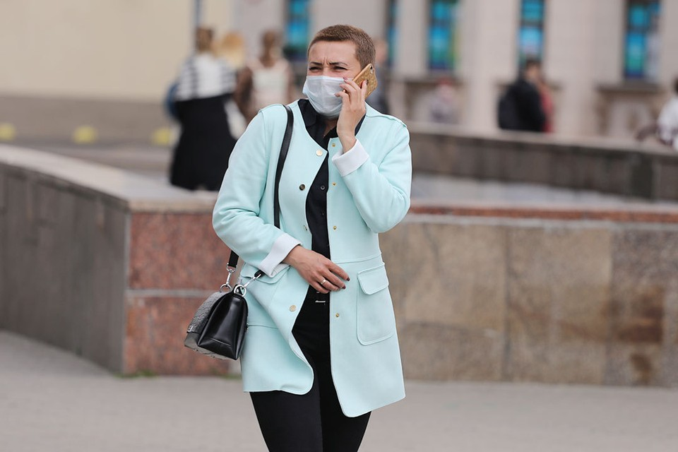 За последние сутки коронавирусом в Беларуси заразились 984 человека.