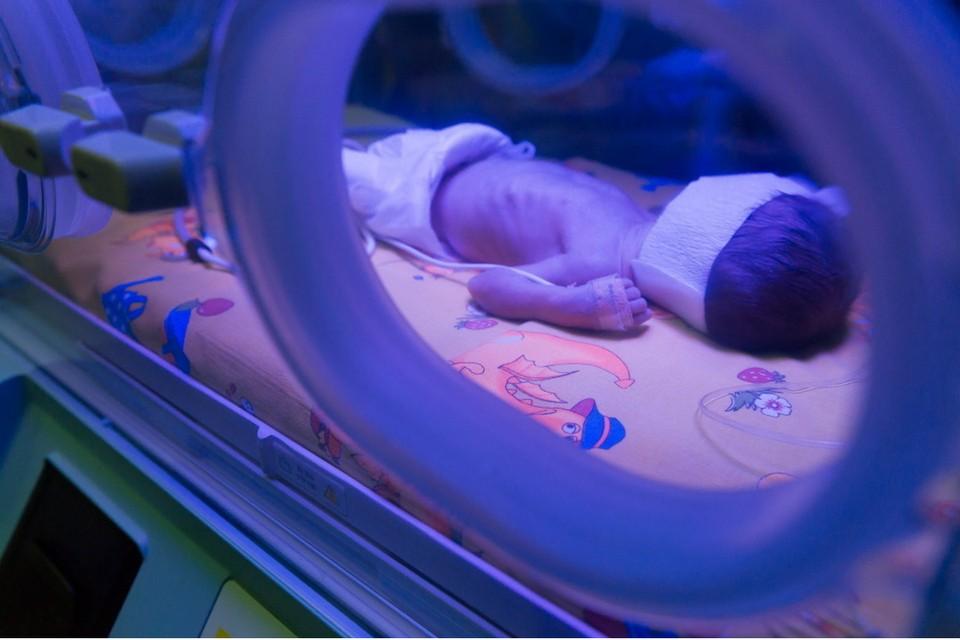 Грудного ребенка везли в Москву на лечение